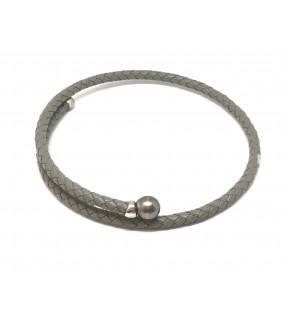 Collier cuir  ras du cou gris avec perle de Tahiti grise
